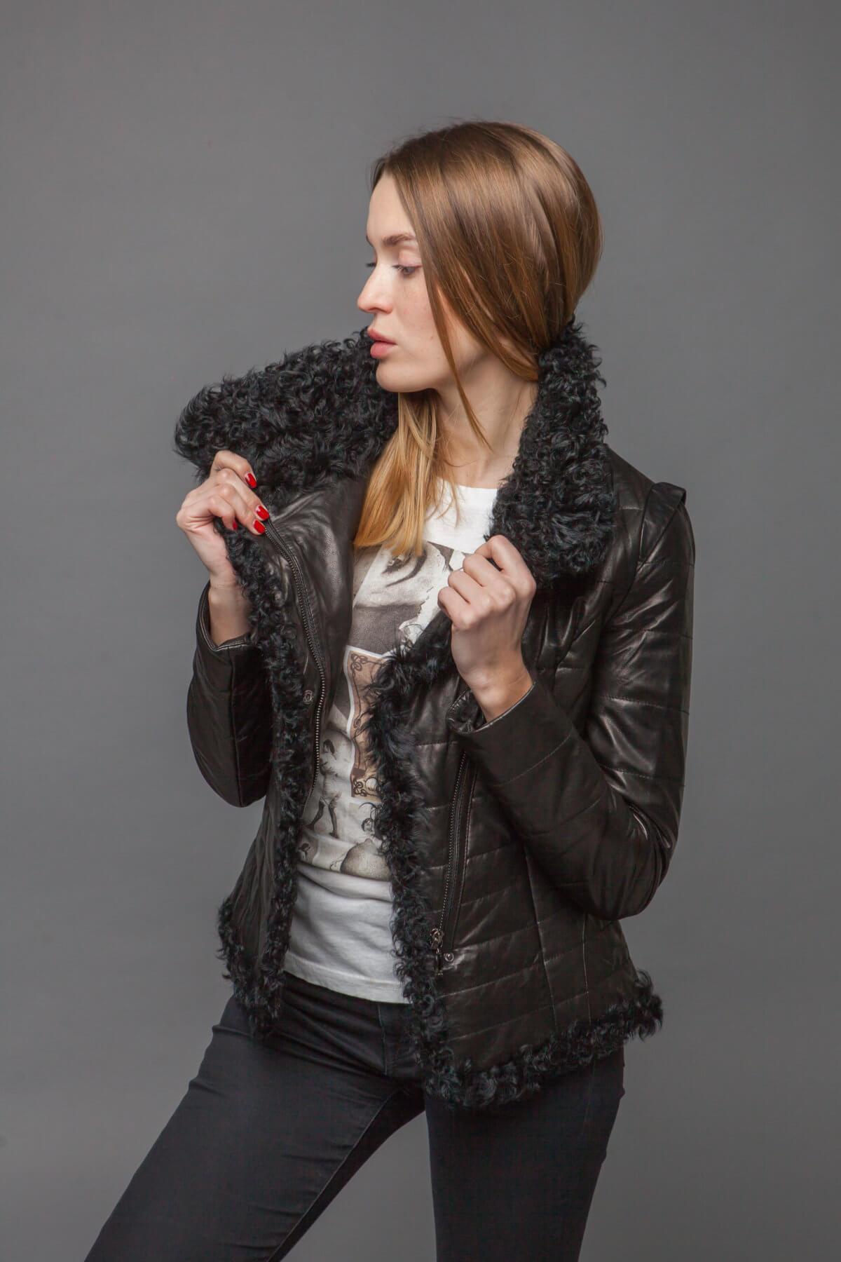 Кожаная куртка с барашком. Фото 3