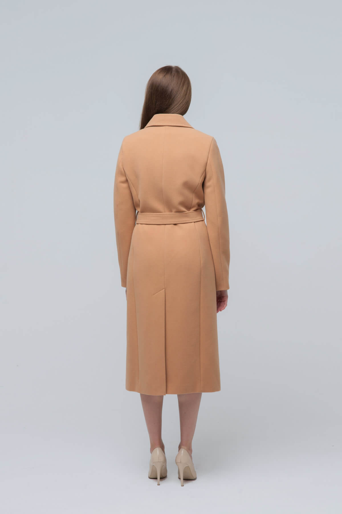 Пальто из текстиля. Фото 4