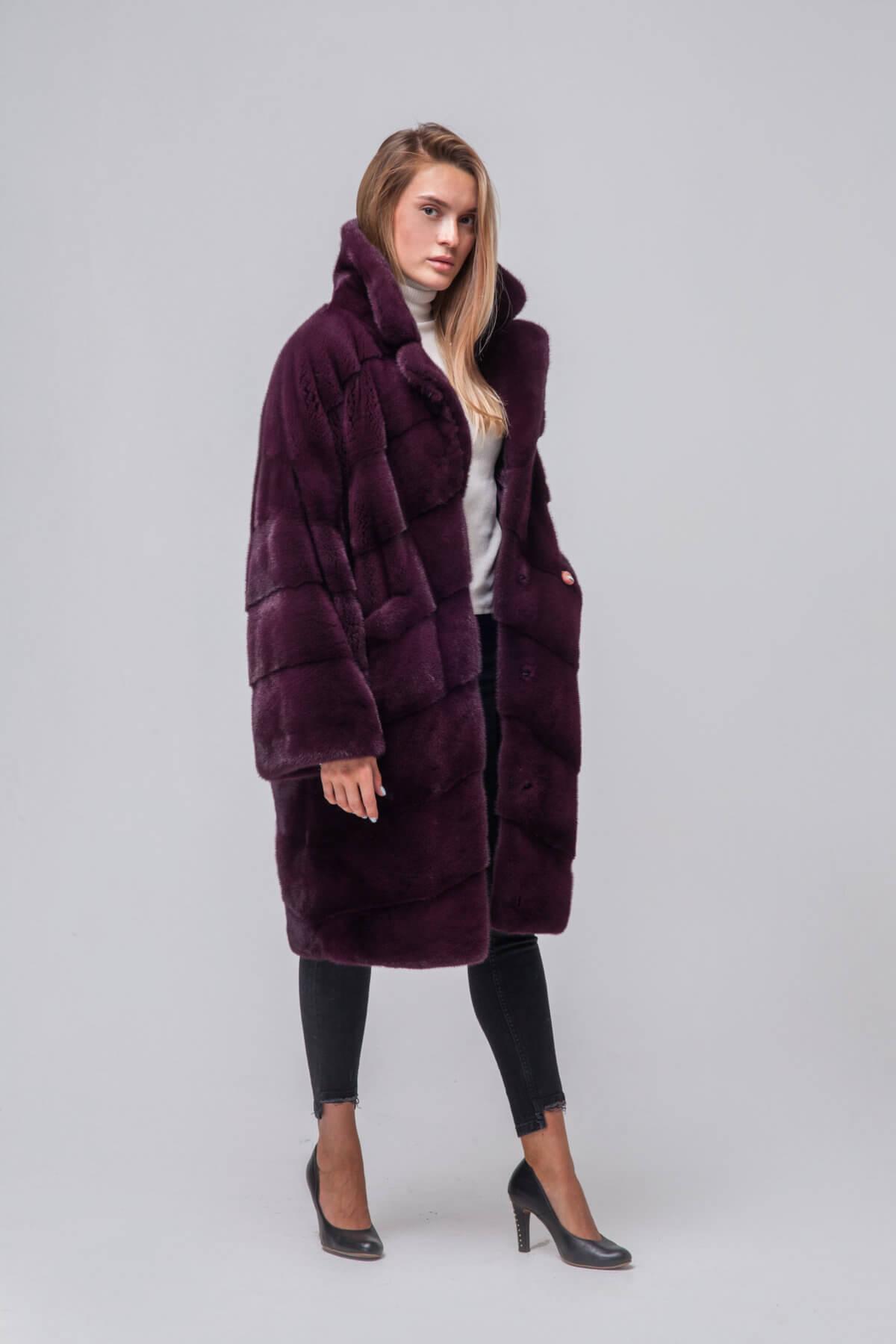 Пальто из европейской норки с капюшоном. Фото 3