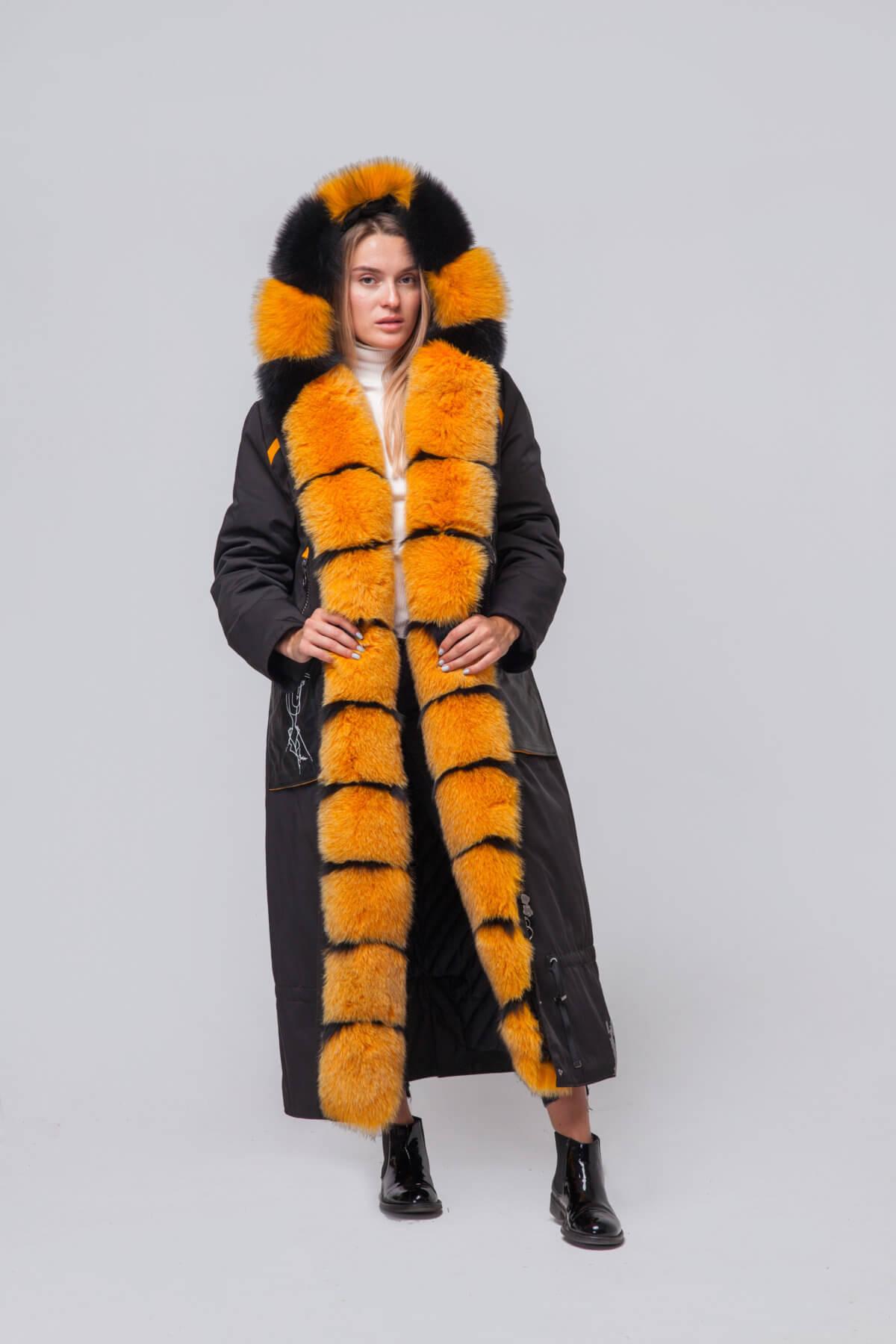 Длинное пальто с элементами песца. Фото 2