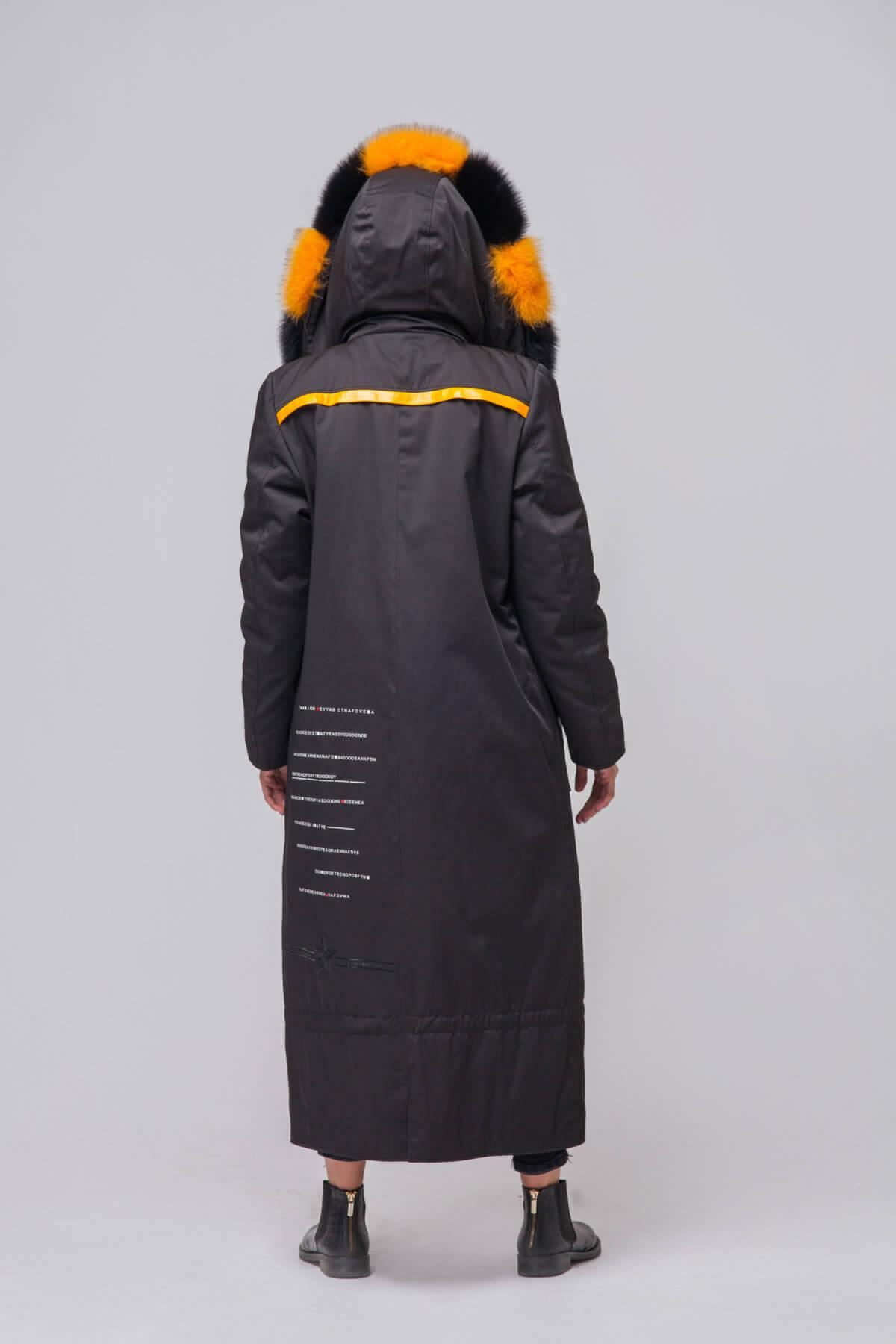 Длинное пальто с элементами песца. Фото 6