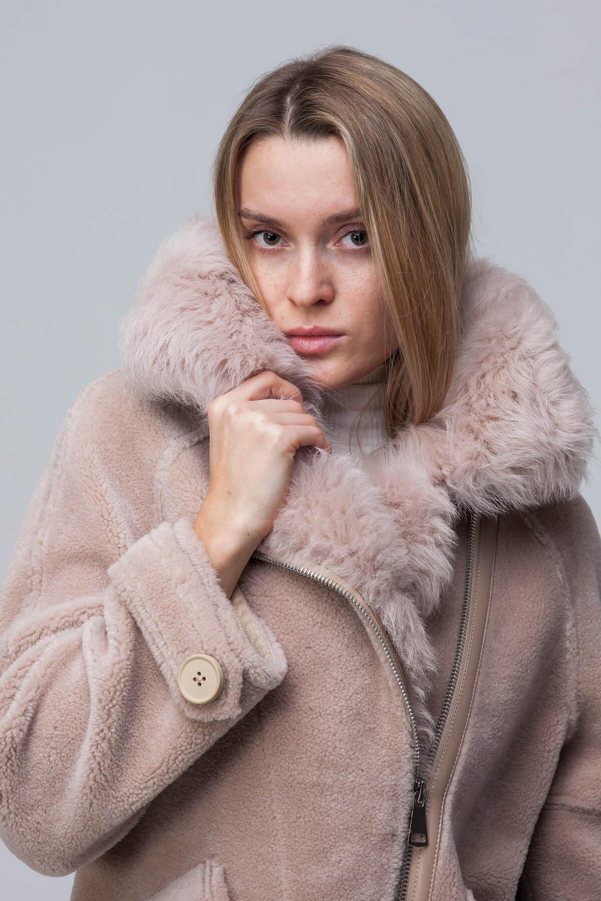 Куртка over size из шерсти с барашком. Фото 3