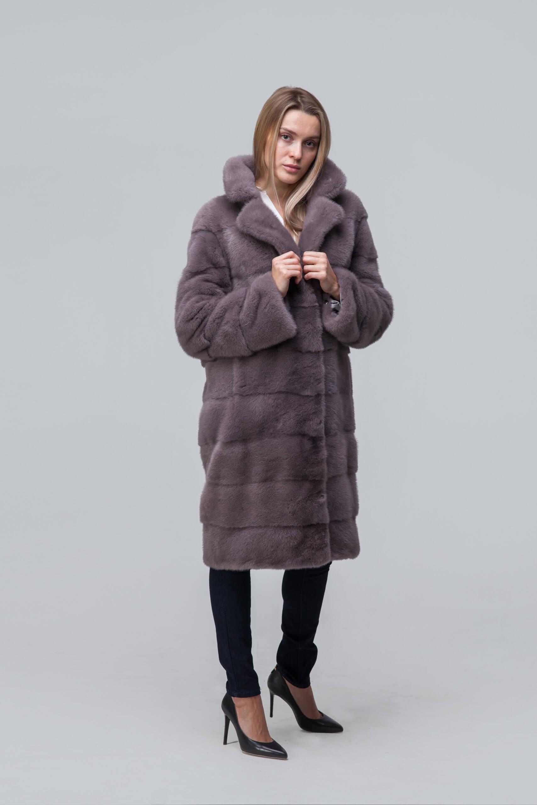 Пальто из европейской норки с английским воротником. Фото 2