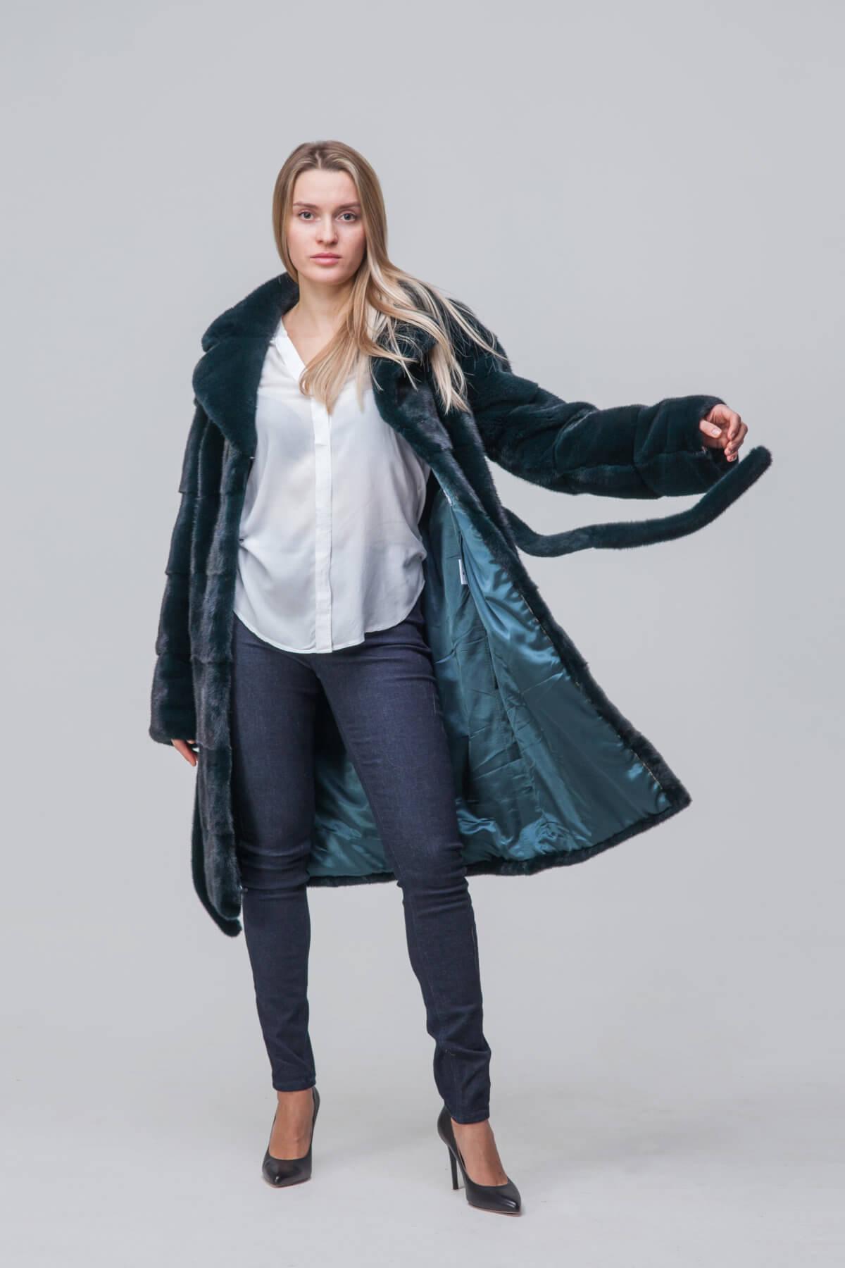 Пальто из европейской норки с английским воротником. Фото 3