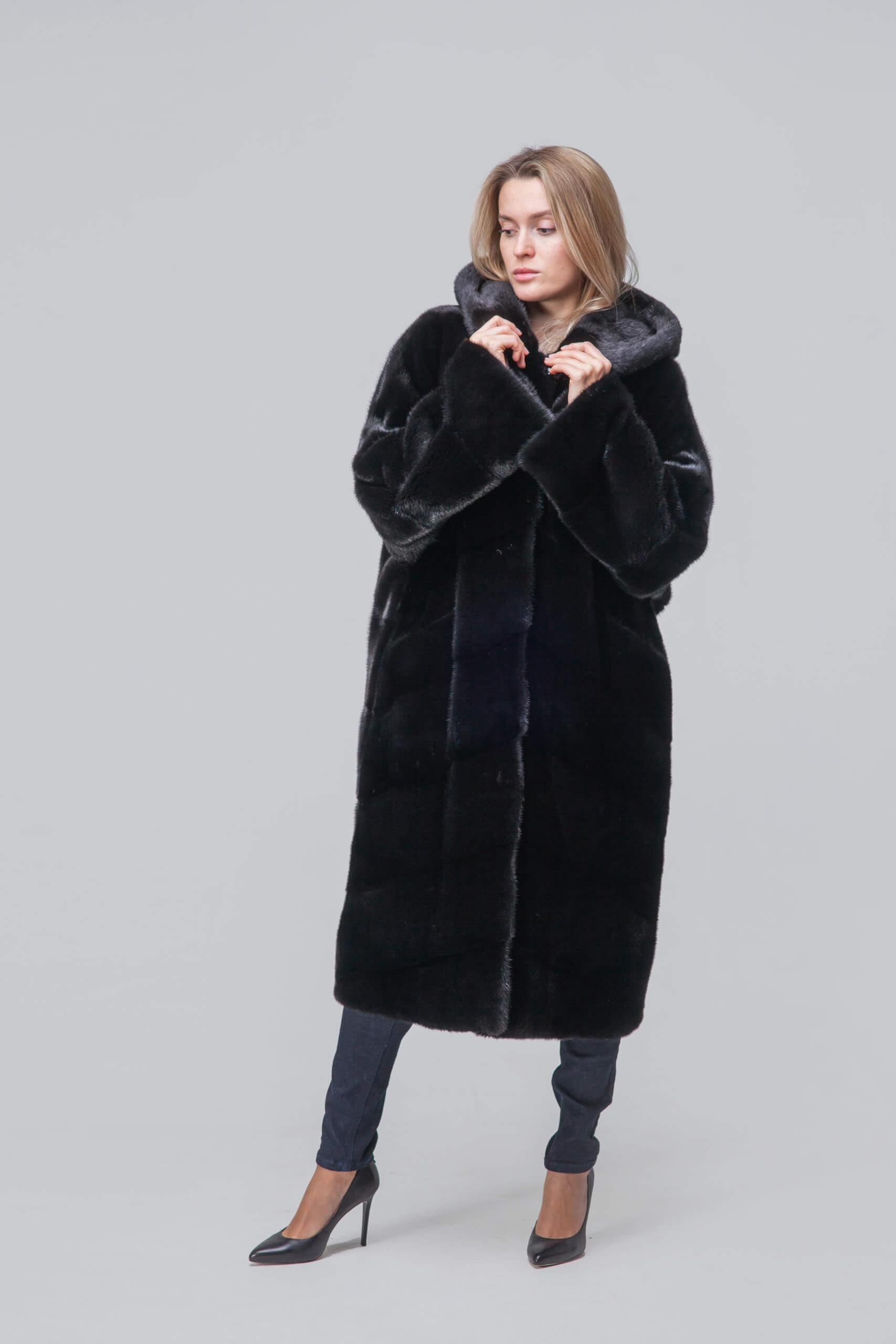Пальто из европейской норки с капюшоном. Фото 2