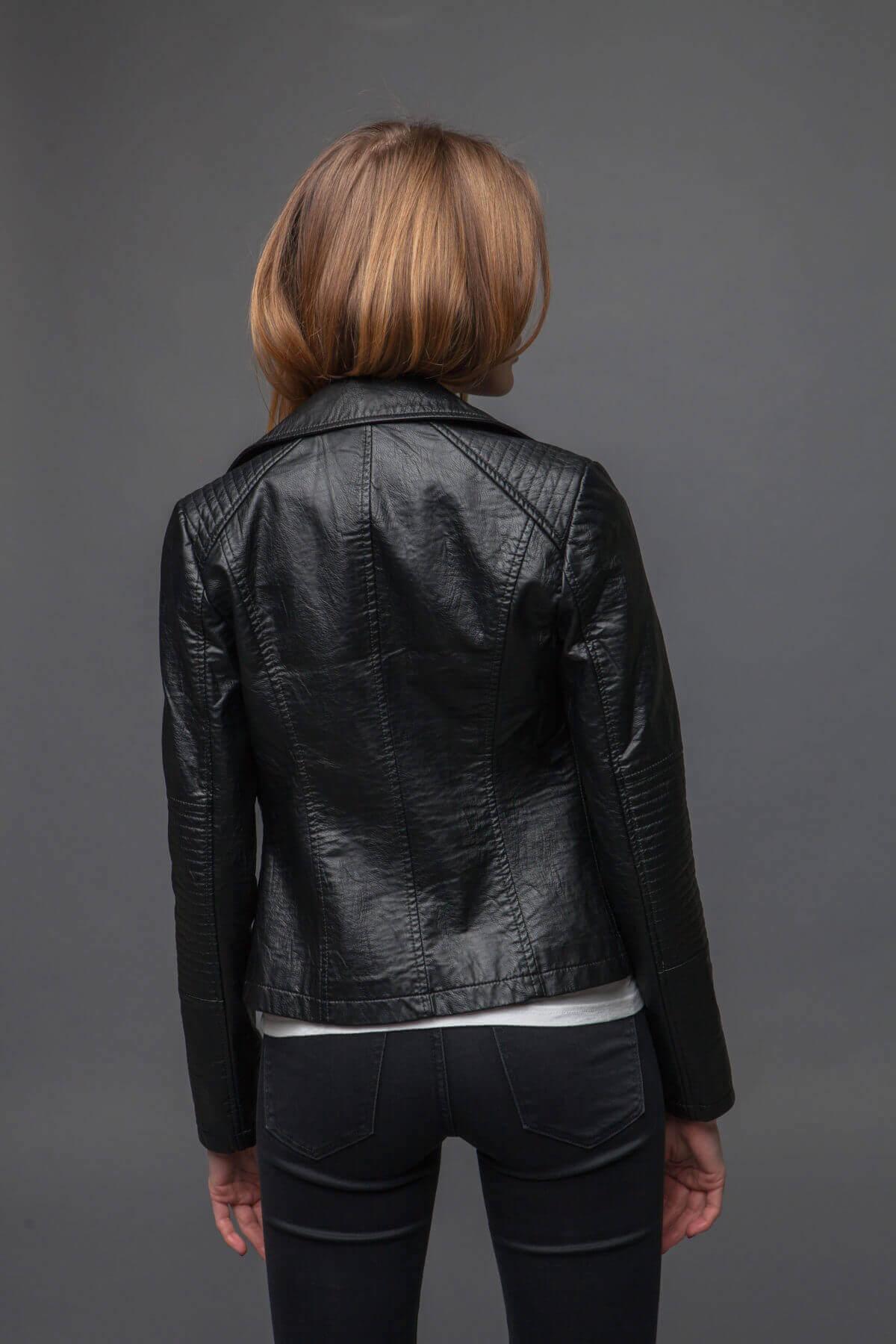 Куртка с асимметричной молнией. Фото 4