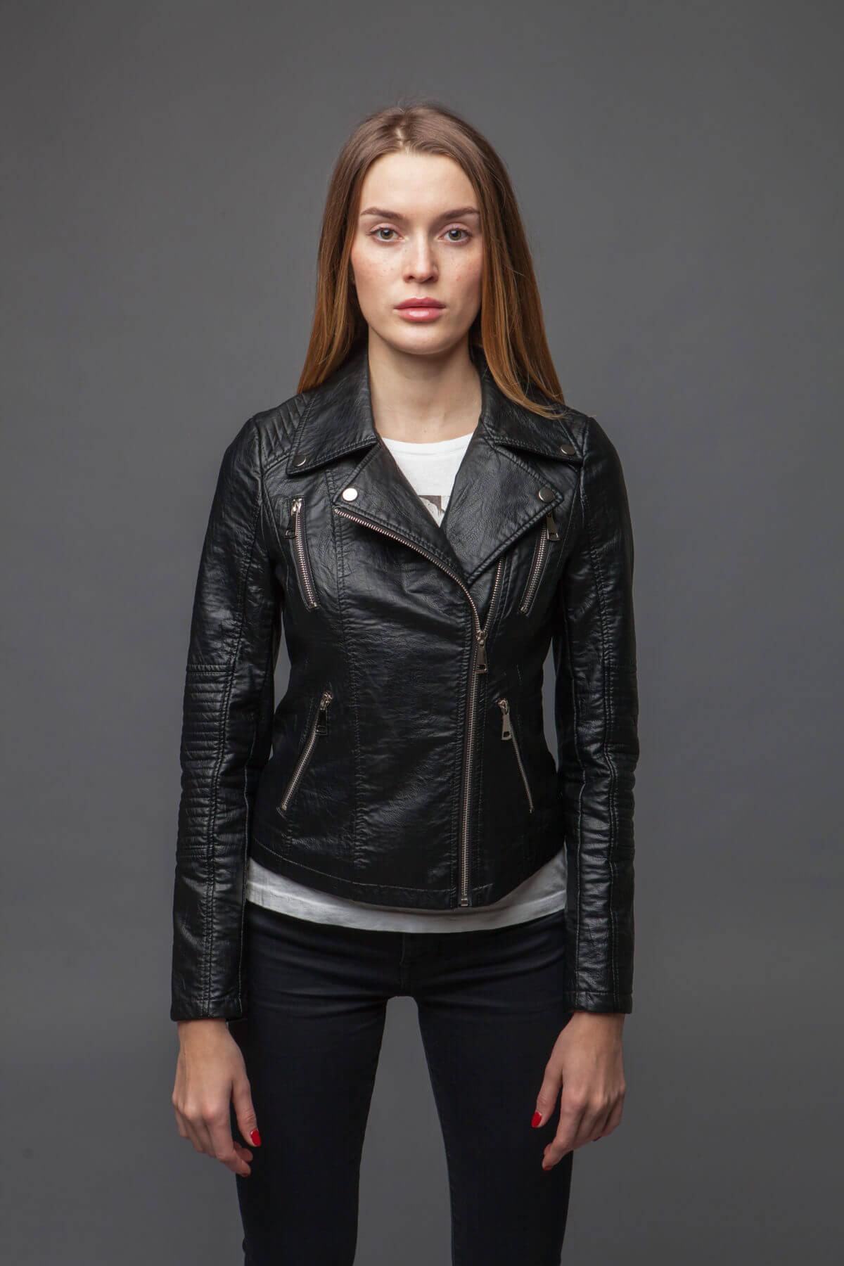 Куртка с асимметричной молнией. Фото 3