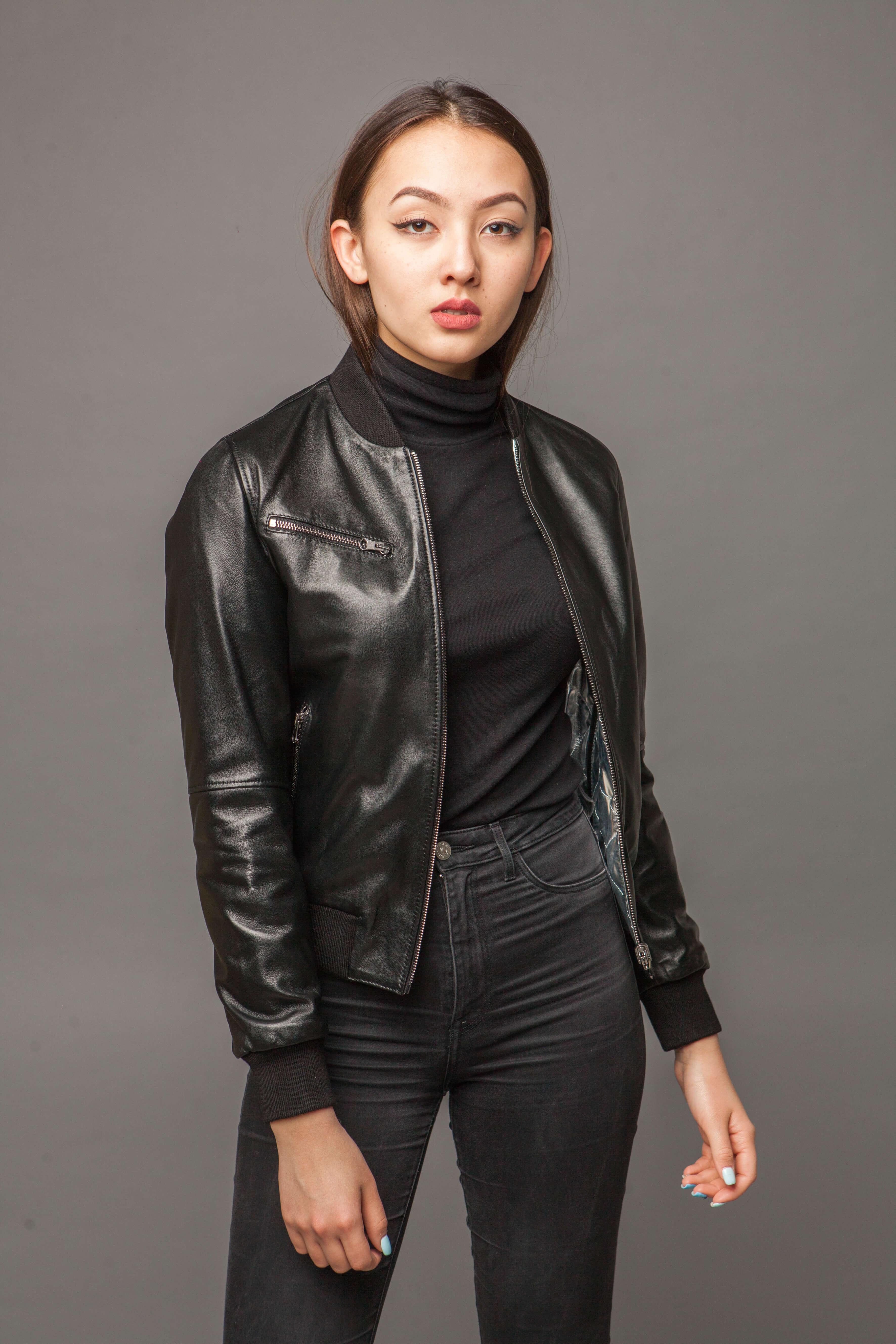 Модная двусторонняя куртка из натуральной кожи. Фото 2
