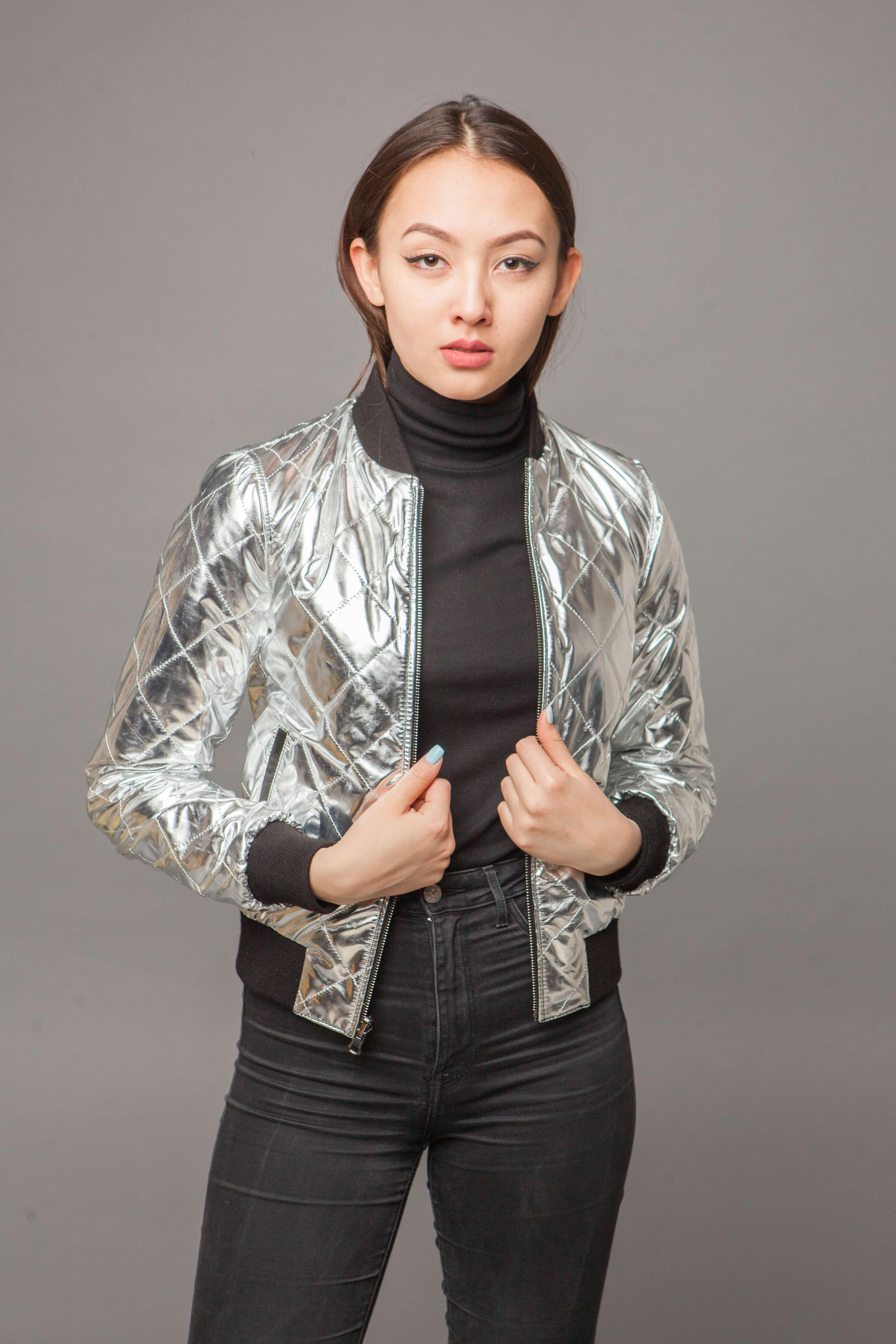 Модная двусторонняя куртка из натуральной кожи. Фото 3