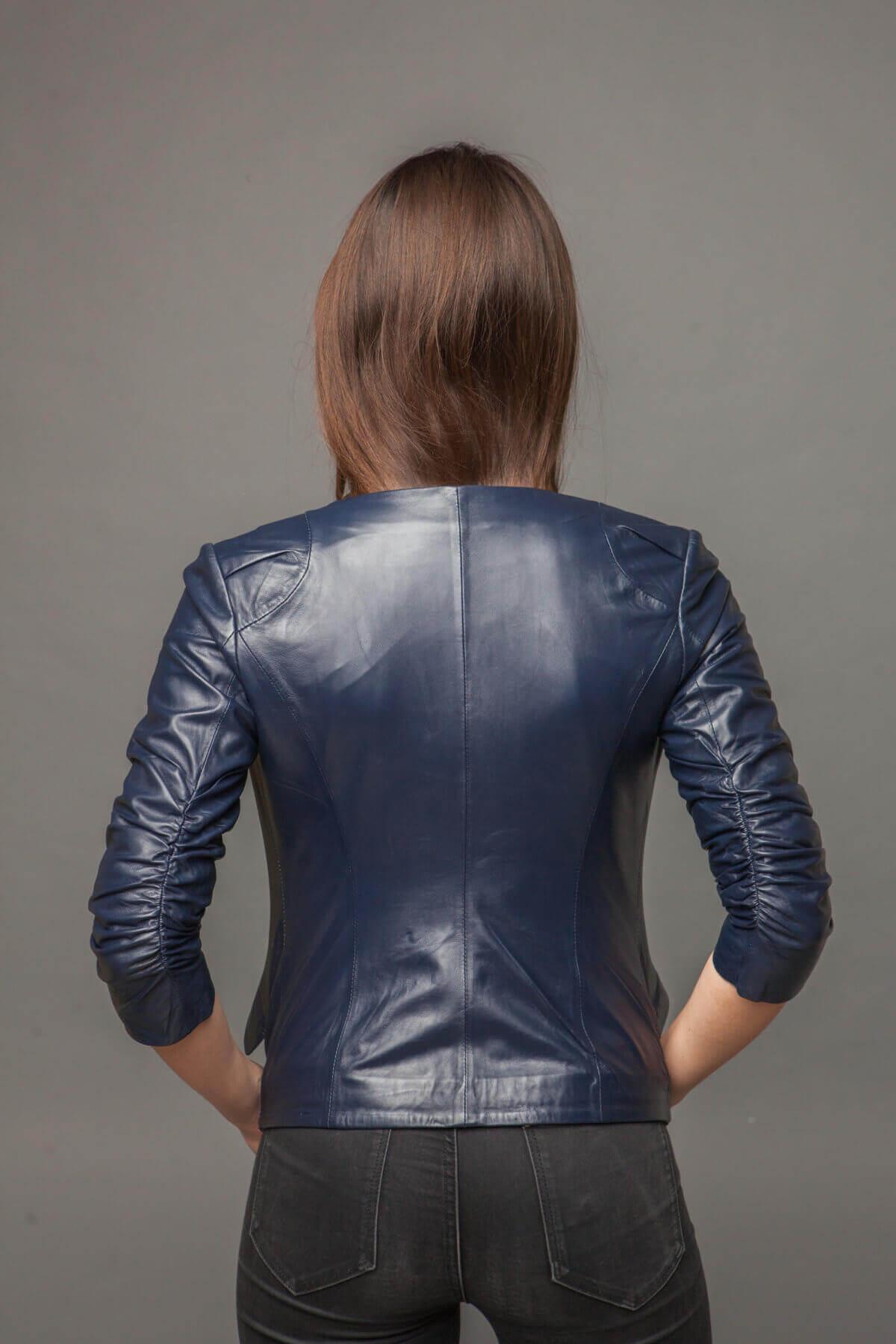 Куртка-жакет из натуральной кожи синяя. Фото 3