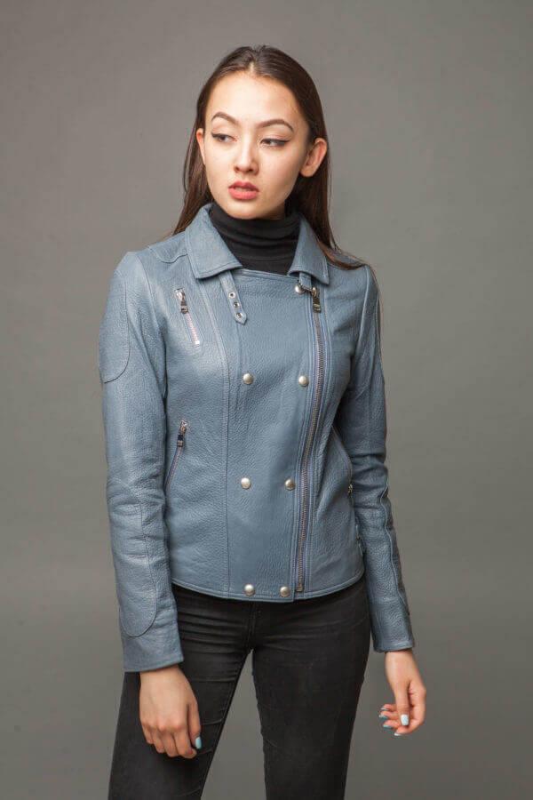 Кожаная куртка-косуха голубая. Фото 2