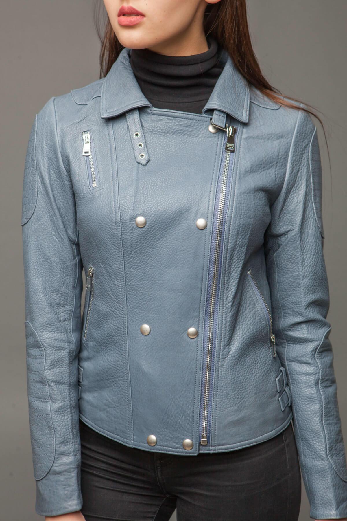 Кожаная куртка-косуха голубая. Фото 4