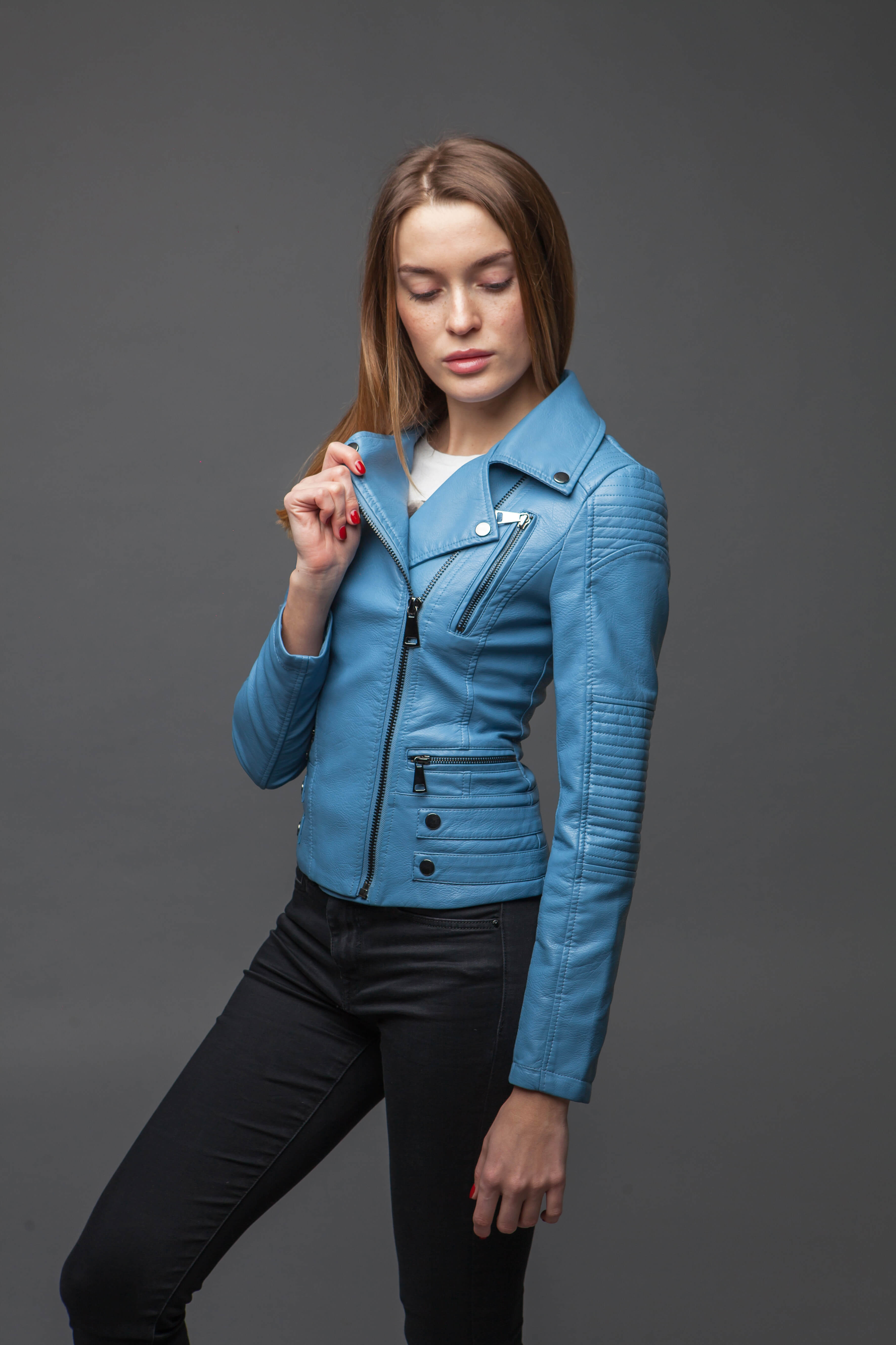 Синяя куртка-косуха с отложенным воротником. Фото 1