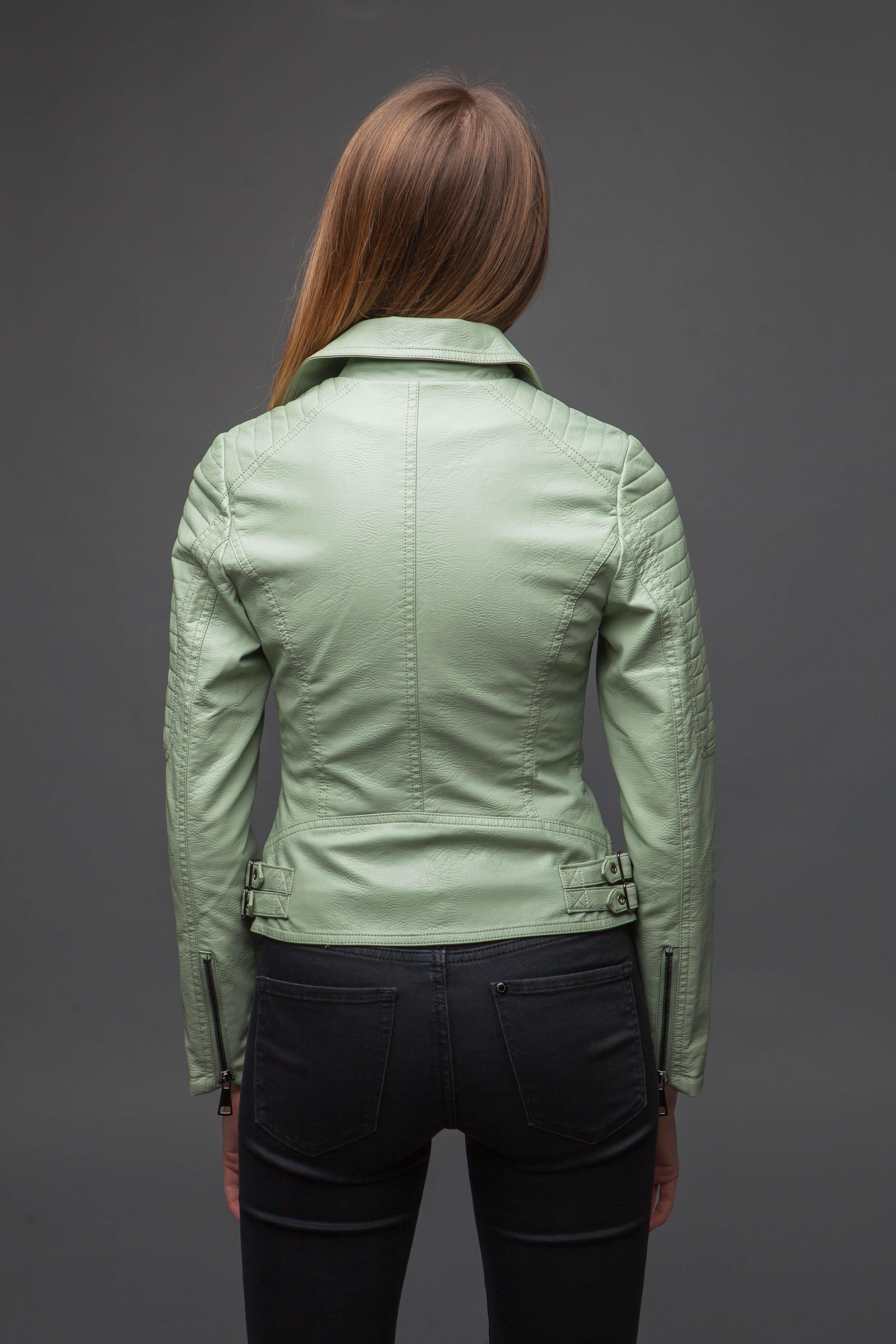 Стильная куртка-косуха мятного цвета. Фото 4