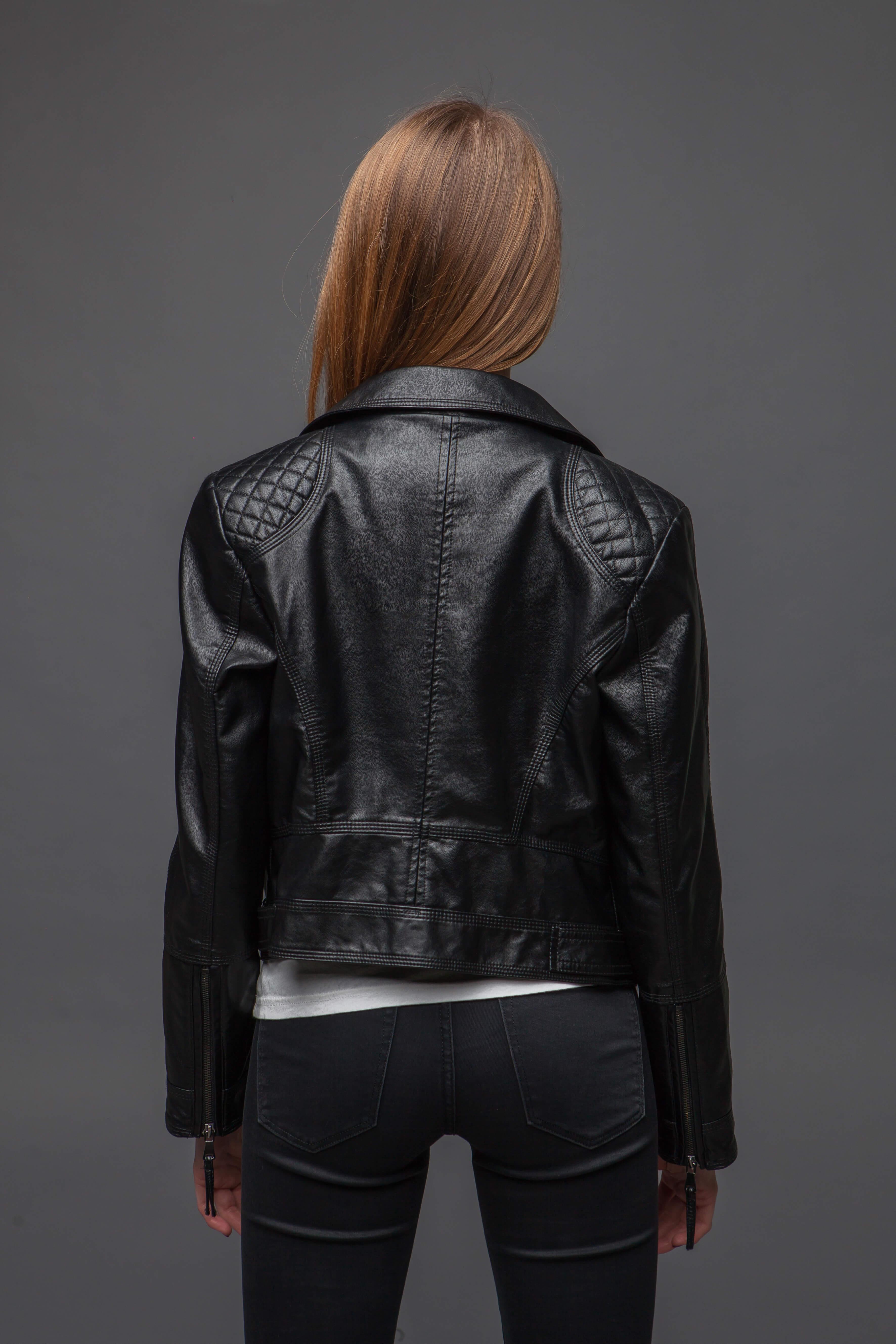 Мотоциклетная куртка из экокожи. Фото 3