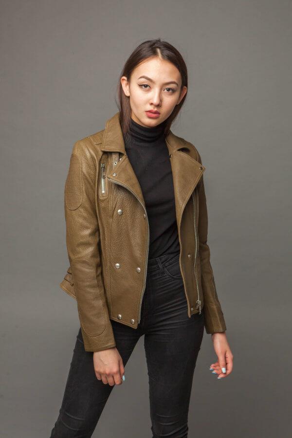 Кожаная куртка-косуха оливковая. Фото 1