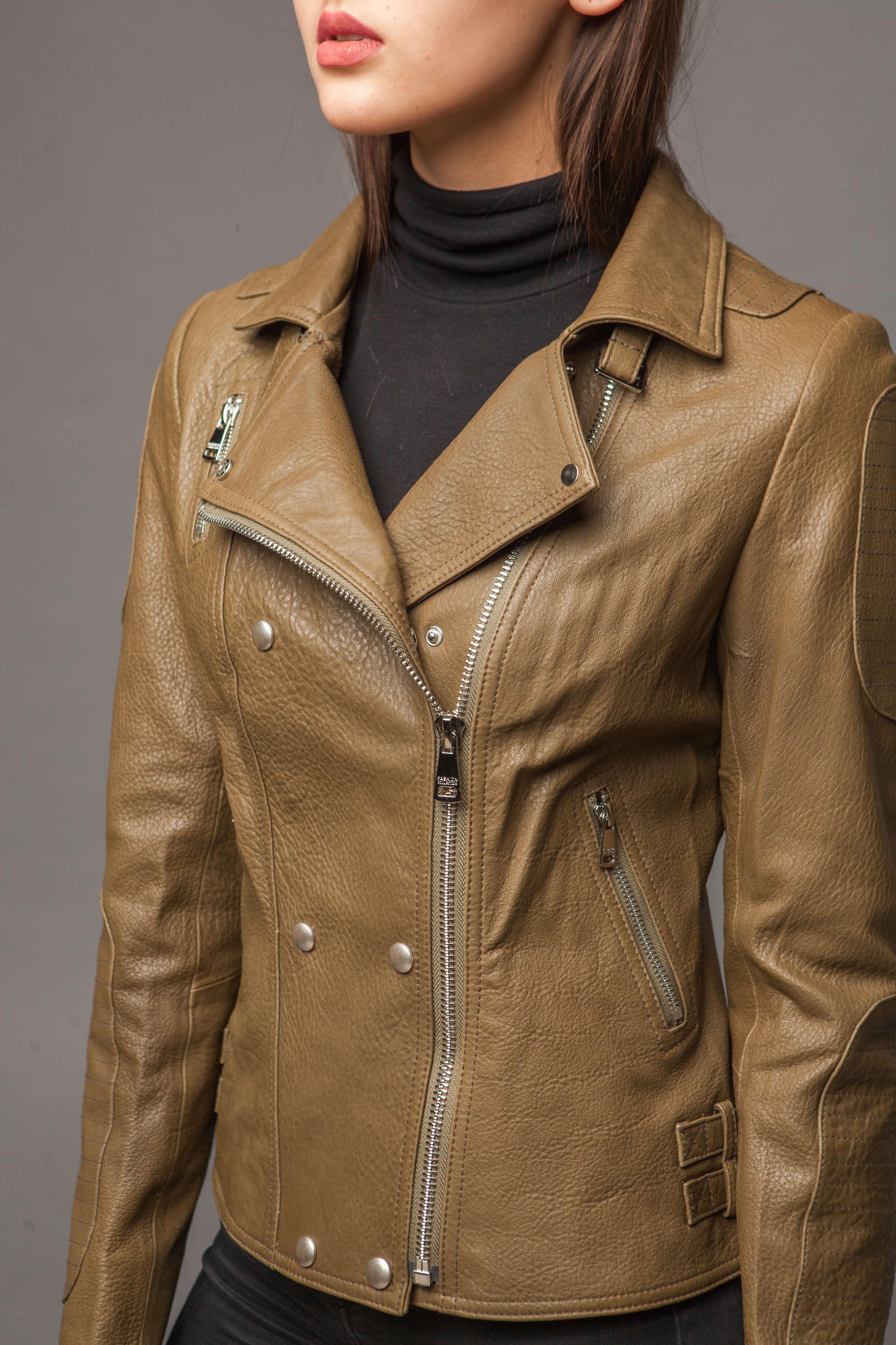 Кожаная куртка-косуха оливковая. Фото 4