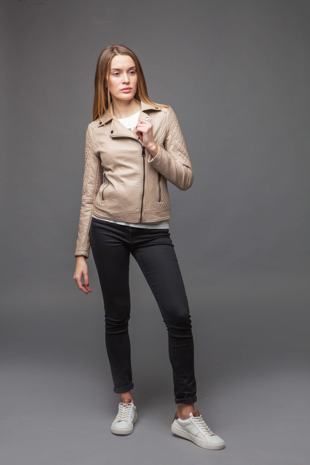 Женская куртка-косуха. Фото 1